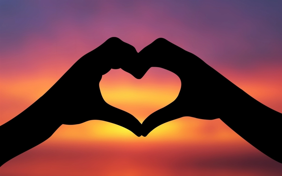 Heart-Love-Sky-Hands-Silhouette__1920x1200